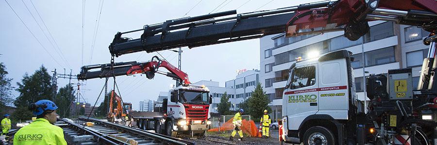 03 Fassi railway loader crane