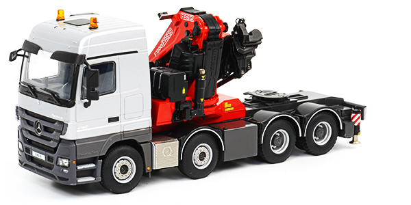 Mercedes-Actros-Mega-Space-Fassi-scale-model-01