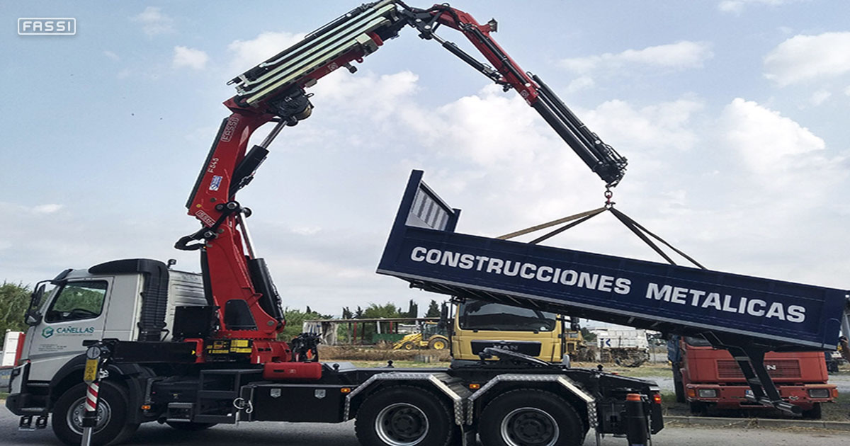 Fassi crane number 6 for a Majorcan company
