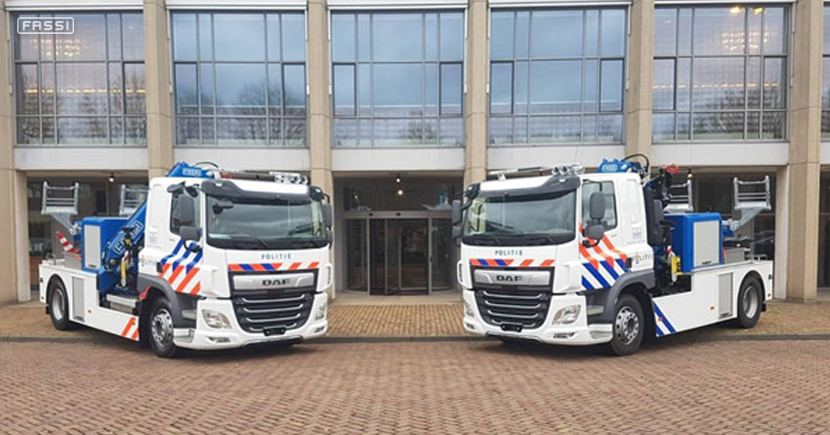 Four Fassi truck cranes for the Dutch Police 3