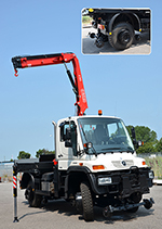 Fassi-truck-crane-on-Unimog-mercedes-thumb