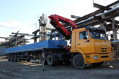 Fassi F175A on Kamaz tractor