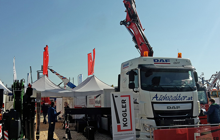 Austrian-distributor-of-Fassi-at-Mawev-Show-2015-2