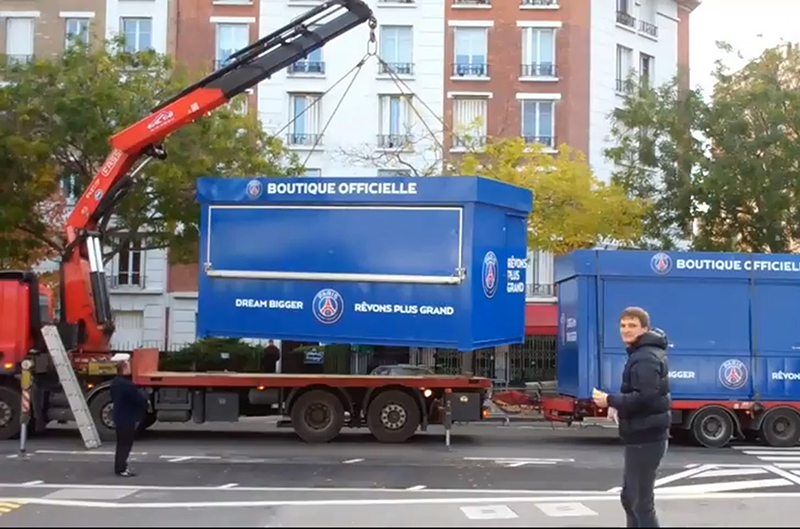 Fassi-crane-F455RA-paris-saint-germain